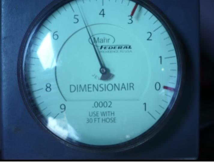 Mahr Federal DA-SPEC-190 Dimensionair for oil pump barrel