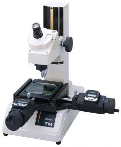 Mitutoyo TM 505-510 Toolmakers Measuring Microscope