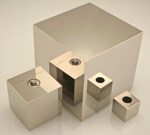 Starrett Webber croblox Reflecting Cubes
